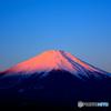 山中湖より紅富士。