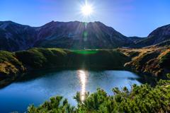秋の立山とみくりが池