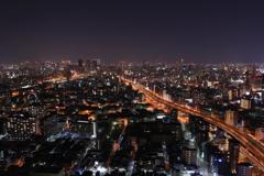 光り輝く街