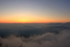 雲海のかなた