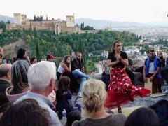 アルハンブラに踊る