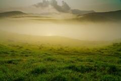 霧 染まる