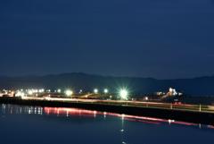 夜明け前の嘉瀬川河川敷