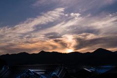 蒼い屋根と不思議な空