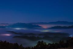 雲の下の極彩色