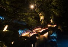 三つの橋がある庭園
