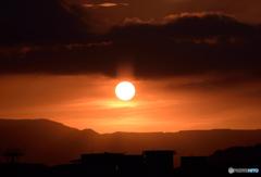 基地に沈む夕日