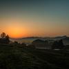 里山の朝焼とシルエット