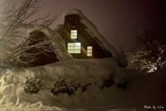 ふるさとの雪夜