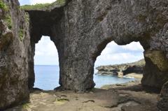 徳之島_犬の門蓋1