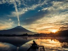 冬の夜明けの田貫湖