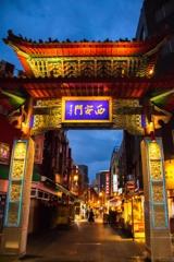 小雨の中華街