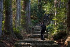 熊野古道を 斬る!