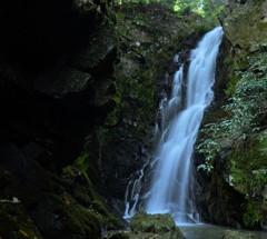 岡山市 牲谷の雌雄滝