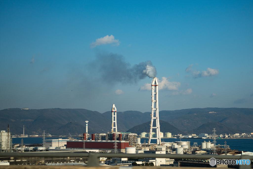 火力発電所 遠景