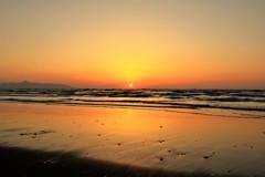 冬の海の夕日