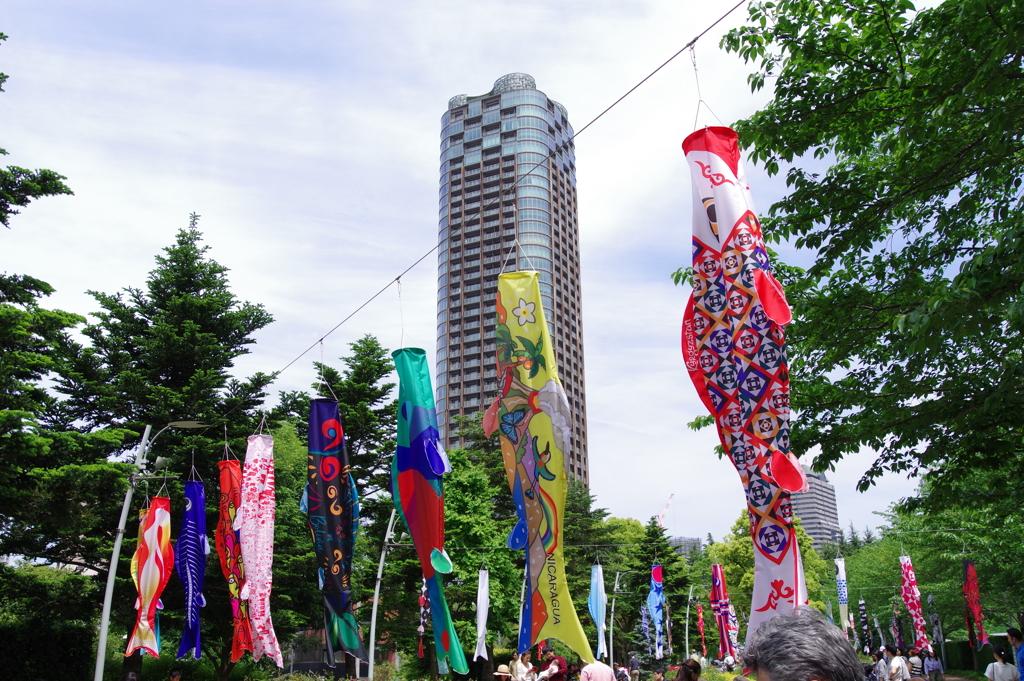 アートこいのぼり_東京ミッドタウン