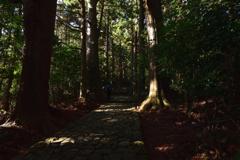 古道を歩く