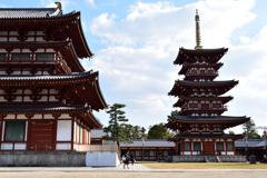 薬師寺 金堂と三重塔