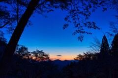 静かに迎える朝~屏風岩