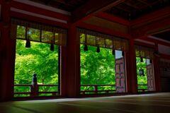 深緑の談山神社~拝殿