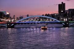 吾妻橋から駒形橋を望む