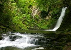 流水の瀬音