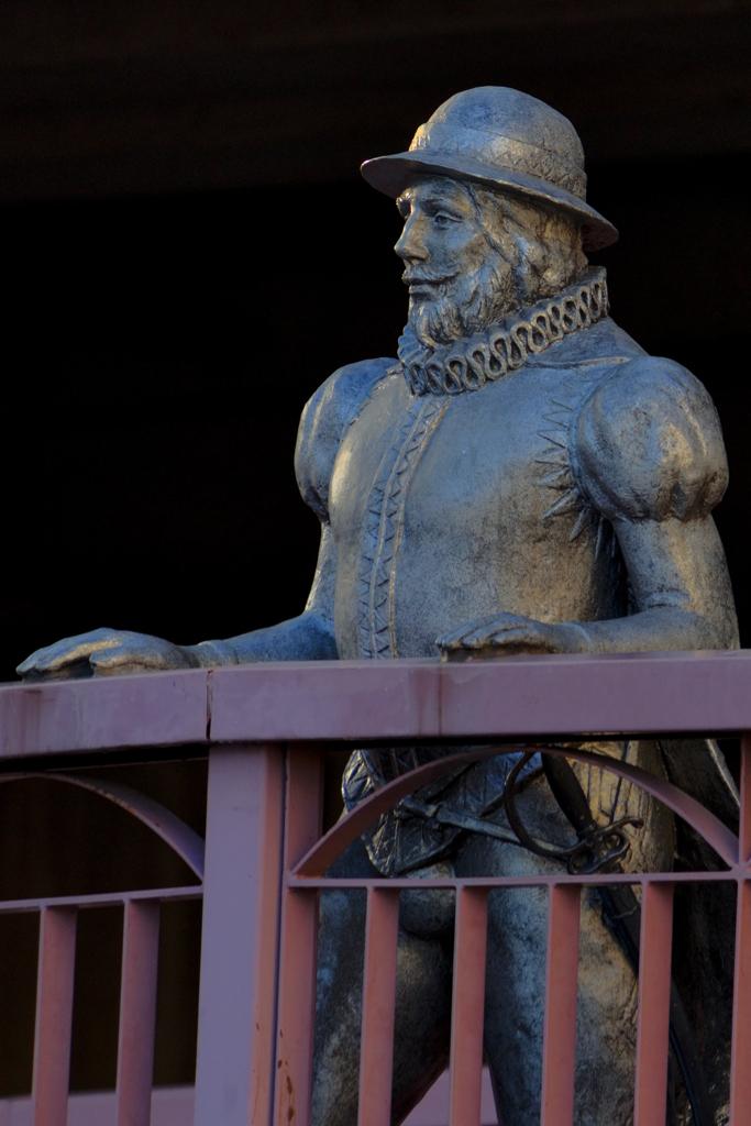 橋の上の南蛮人(2)