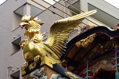 金色の鳥(げき)