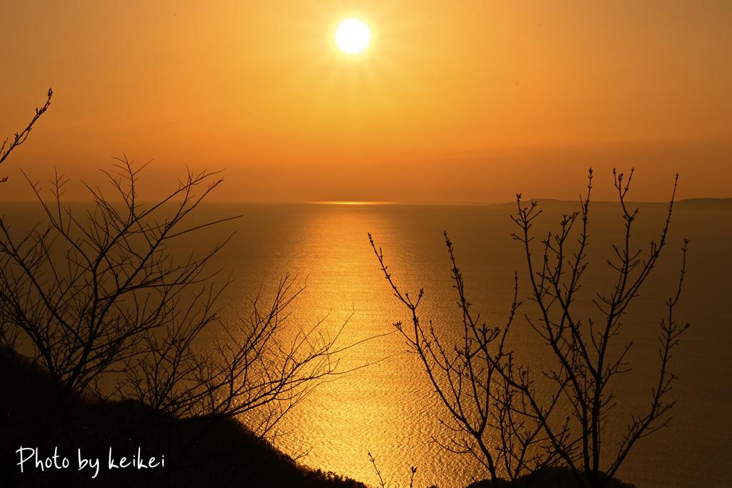黄昏色の海