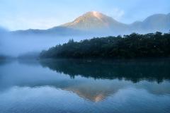 焼岳の目覚め