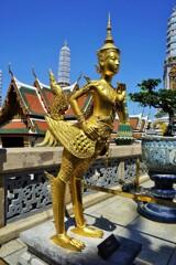半人半鳥~仏教彫刻 Kinnara,Bangkok