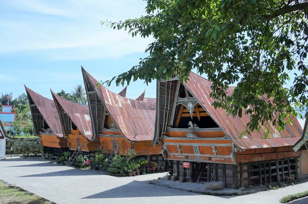 トバ・バタックの民家~インドネシア Batak Houses