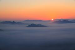 霧海の日の出