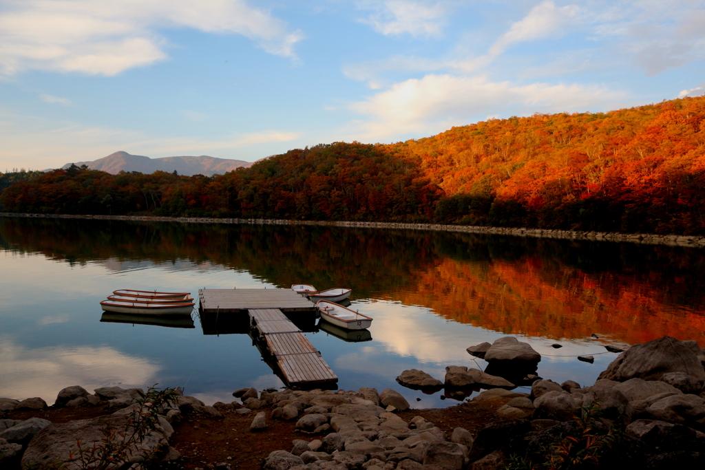 夕日に照らされて 琵琶池