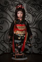 雨の日本少女