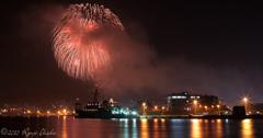 軍港と港と花火