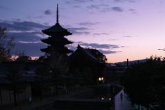 東寺<夜明け>
