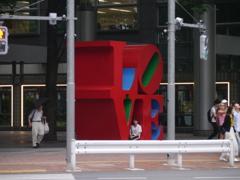 LOVEにつつまれる少女(新宿)