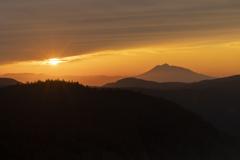 夕景岩木山