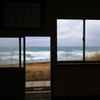 海を望む駅
