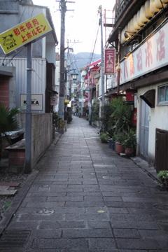 別府路地裏03
