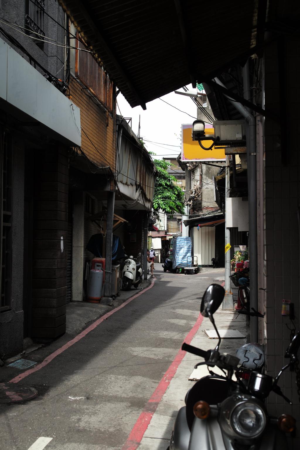 台北路地裏