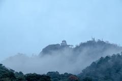 霧に包まれた岐阜城