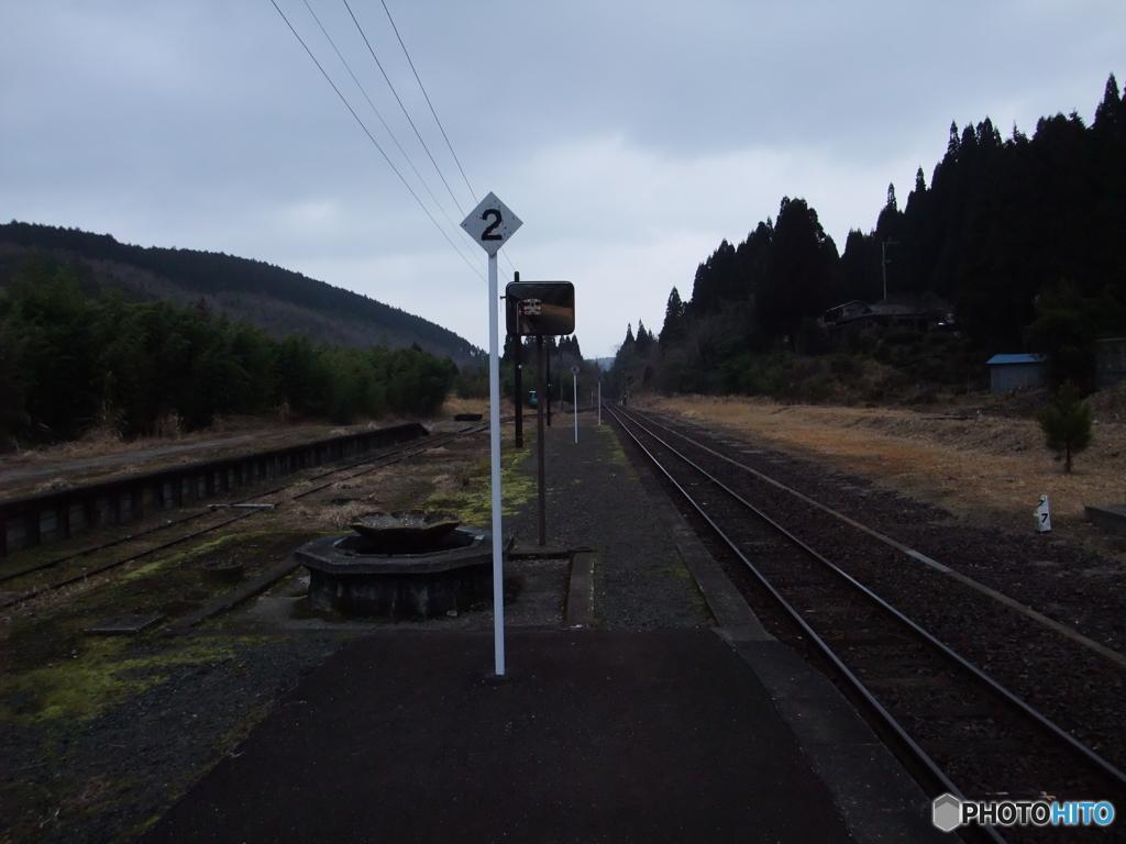 肥薩線 矢岳駅のホーム