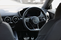 Audi TT Coupé Interior 練習①