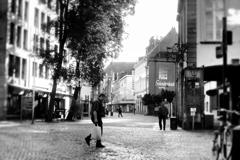 静かな旧市街の朝