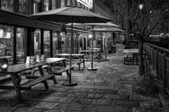 無人のカフェ