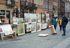 旧市街で絵を売る人 ワルシャワ