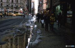 冷たい日のカメラ街 NY